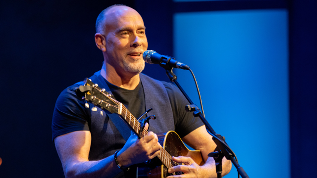 Marc Cohn. Photo credit Nick Sonsini
