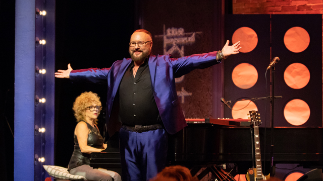 Preview the performance by Desmond Child. Photo credit Nick Sonsini